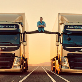 Volvo FM : The Epic Split